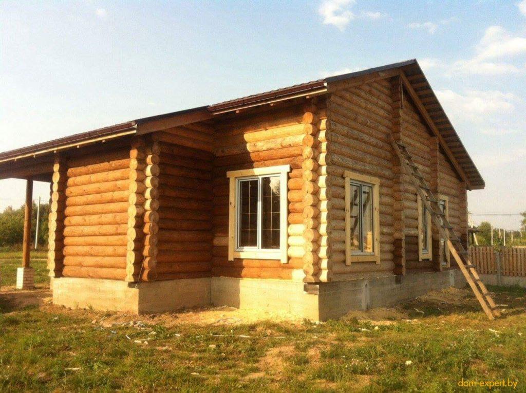 Купили участок со всеми коммуникациями, а оказался — без них! Плюнули, и построили уникальный дом.