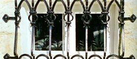 Как защитить окна от взлома?