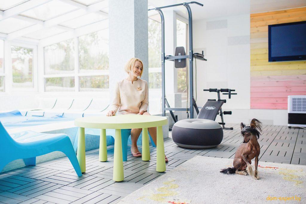 «Усё нармальна дома!». Теплое интервью в загородном доме Ларисы Грибалевой