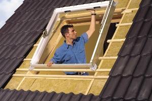 Мастер-класс: как установить мансардное окно?