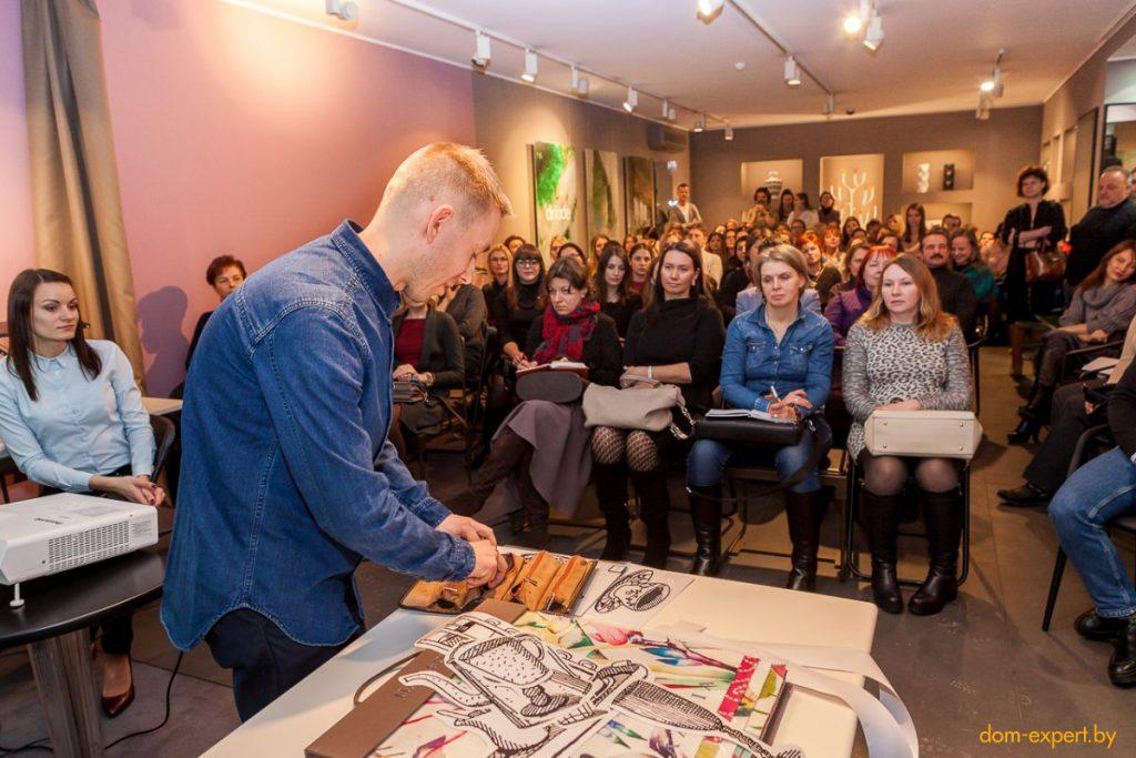 «Рисую, чтобы люди задумались». Митя Писляк — о зажатости белорусов и красоте без границ