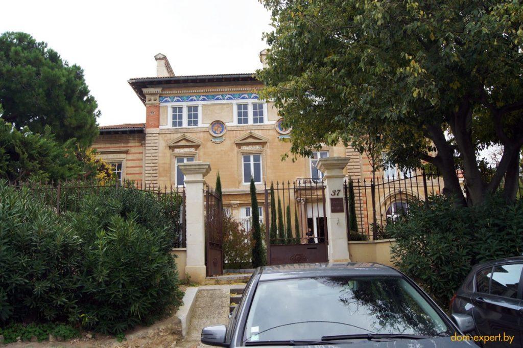 Как строят дома во Франции, за сколько, и что грозит «нелегалам». Личный опыт белоруски