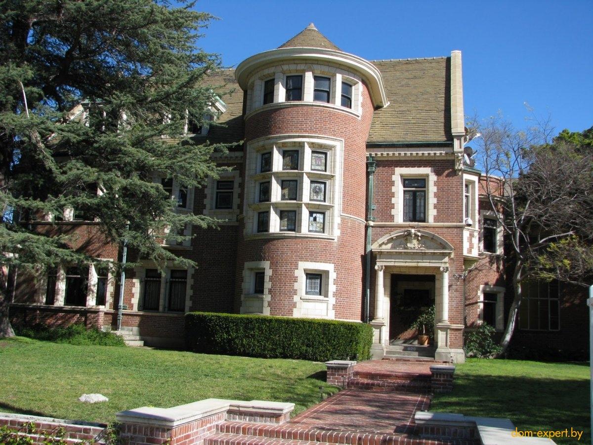 Топ-7 домов, ставших знаменитыми после съемок в фильмах и сериалах