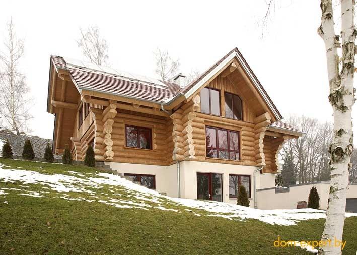 Дом из камня и дерева в стиле шале