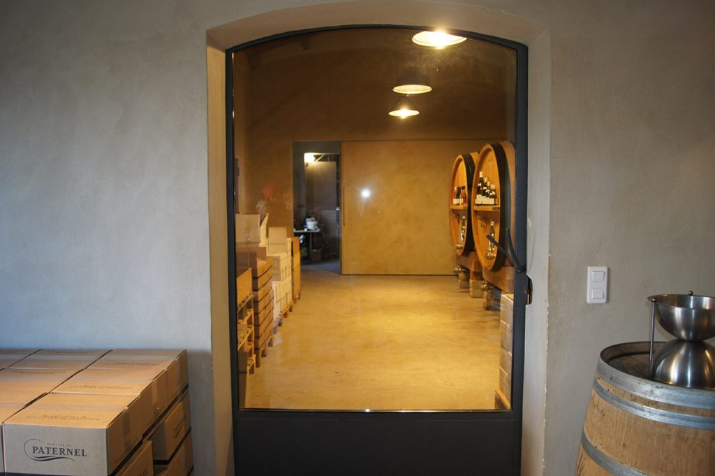 Как построить винный погреб в своем доме? Советы мастеров в репортаже из французской винодельни