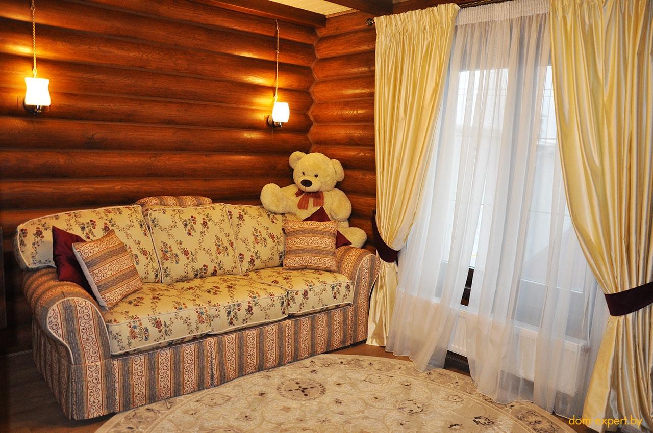 Дом, который живет своей жизнью. Под Минском построили образцовый бревенчатый особняк