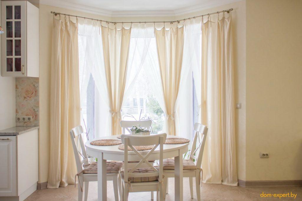 Создаем зону комфорта. Четыре способа исправить проблемы помещения при помощи штор и дизайна