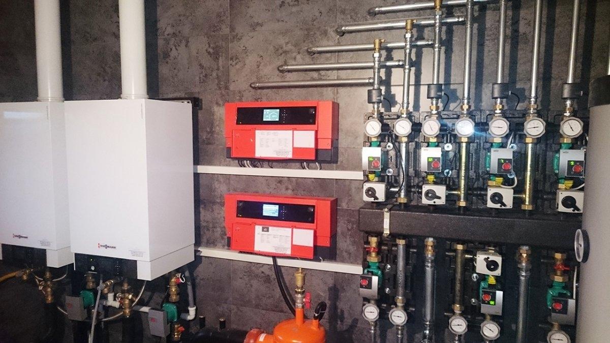 Двухкотельная, многоконтурная система отопления