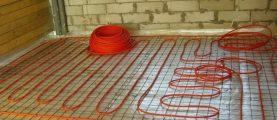 Какой шаг у трубы напольного отопления возле стен и окон?