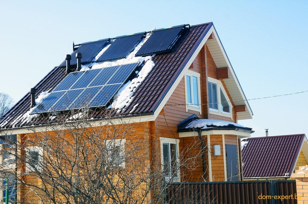 Снег на солнечных батареях обычно не задерживается
