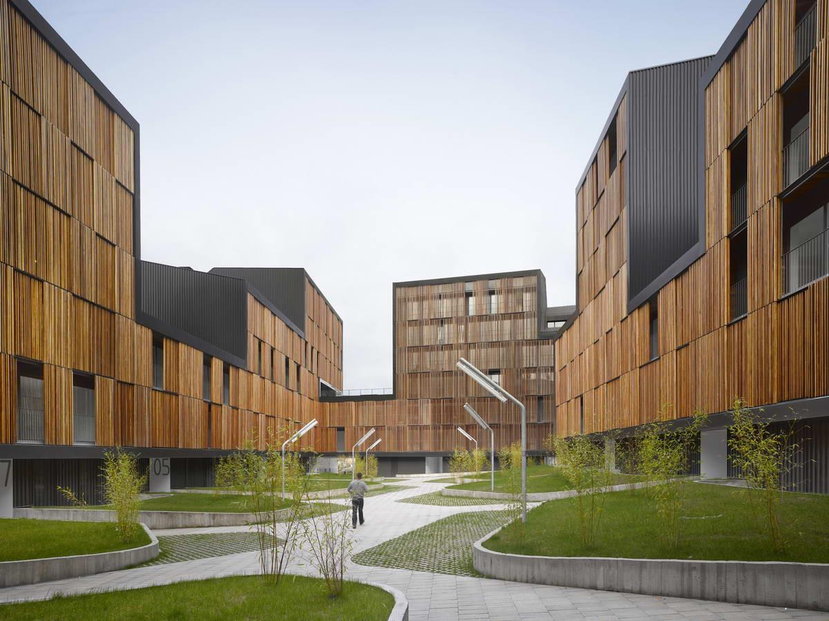 «Это проблема общества — если архитектура скрывается за забором». Интервью с Александром Кратовичем