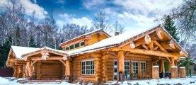 Девушка 4 года училась в Канаде и теперь строит в Беларуси дома по «утерянной» технологии