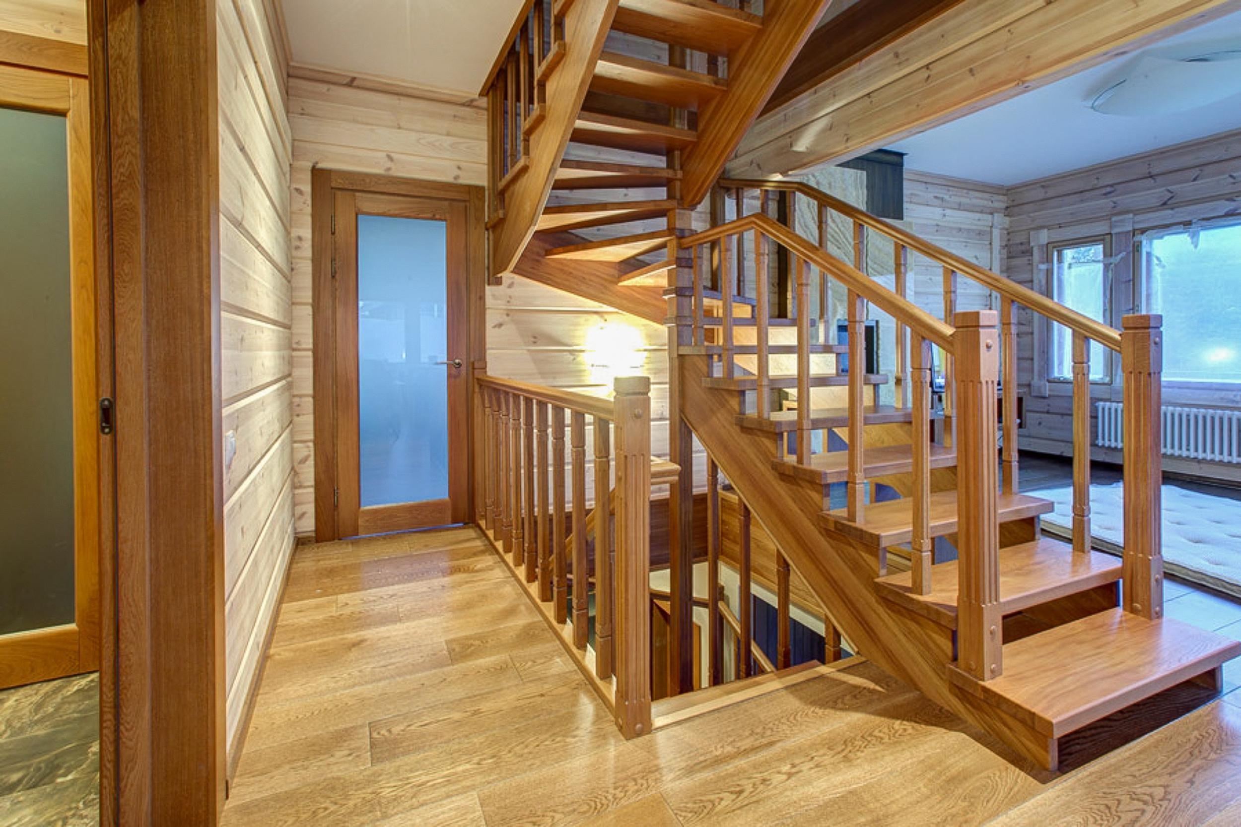 Список недорогих лестниц, которые сможет приобрести каждый