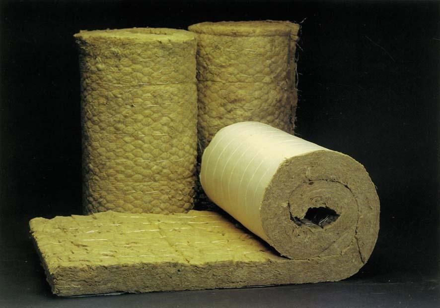 Зачем и как утепляются бани: материал и специфика монтажа