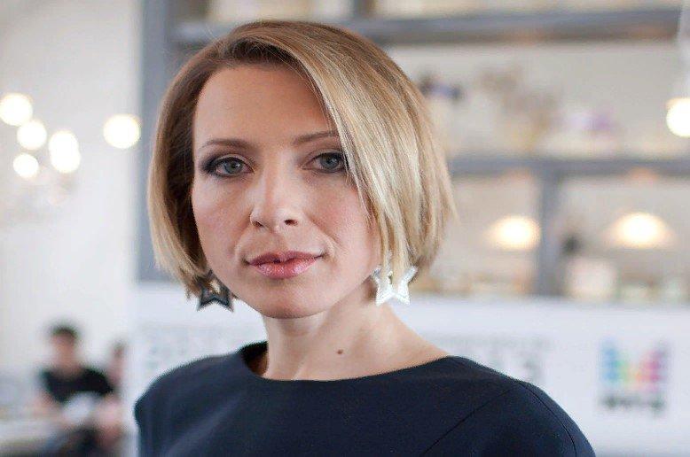 Кто такая Яна Чурикова и где она живет?