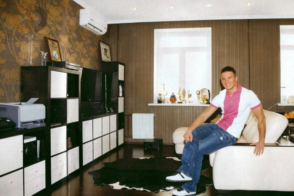 Московская квартира и загородный дом Сергей Лазарева