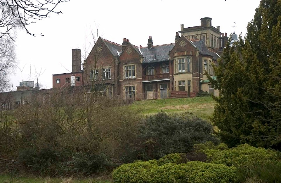 Михаил Фридман приступил к реконструкции своего нового имения Athlone House