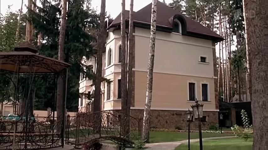 Дмитрий Нагиев - какой недвижимостью он владеет?
