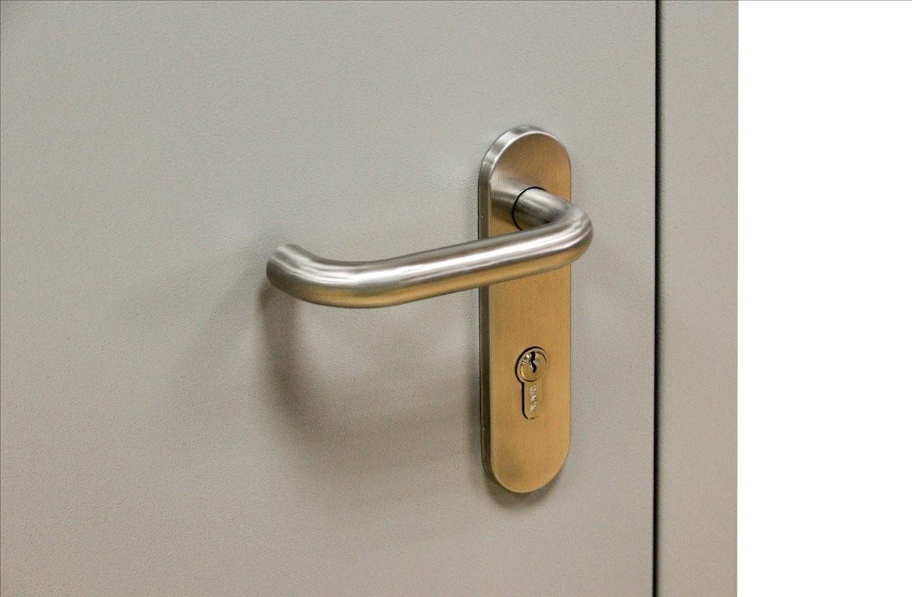 Выбор ручек для входных и межкомнатных дверей