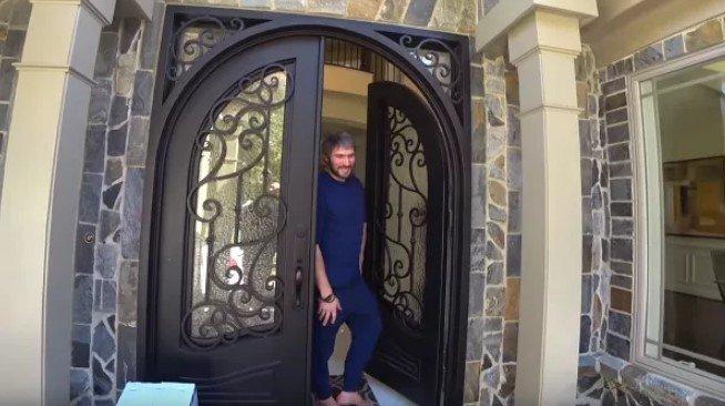 Дом, в котором проживает Александр Овечкин