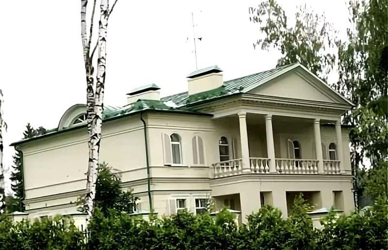 Как выглядит дом Леонида Якубовича