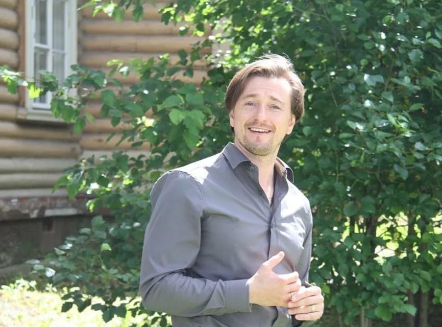 Сергей Безруков: как живет знаменитость
