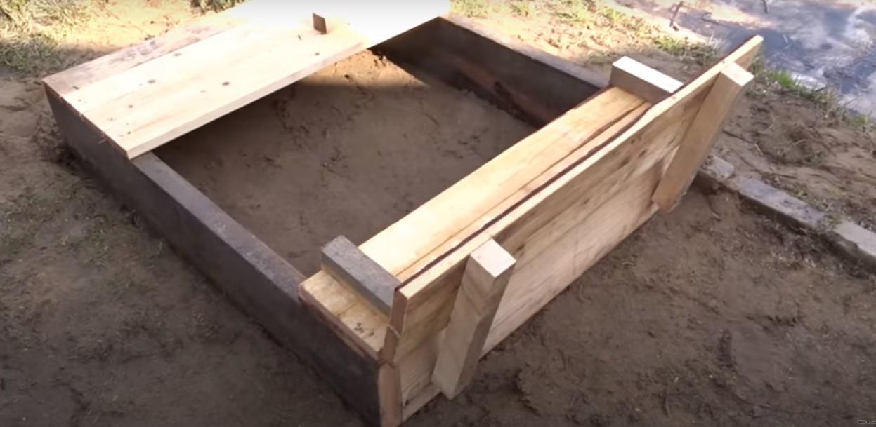 Изготовление прямоугольной песочницы с откидными защитными створками