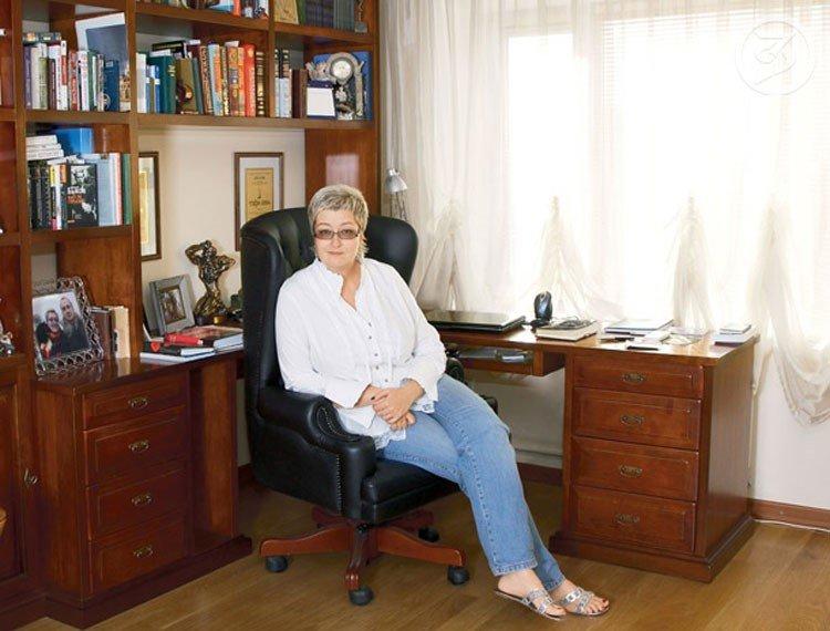 Как живет автор детективов Татьяна Устинова