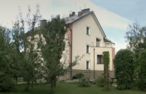 Где живет поэт Илья Резник