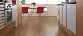 Ламинат на кухню: критерии выбора материала и обзор лучших моделей ламината