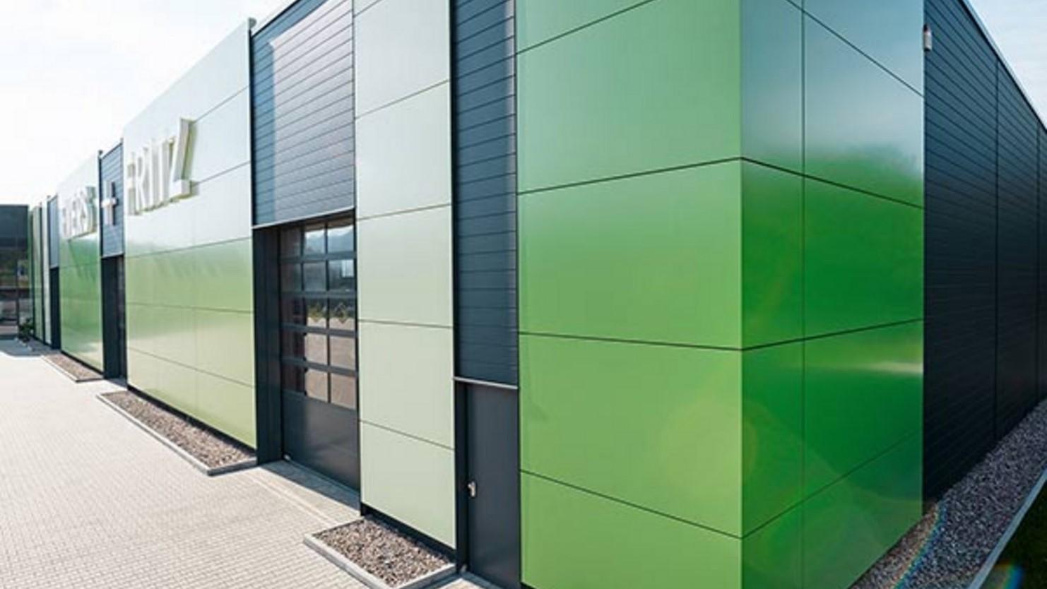 Обзор характеристик разных видов фасадных панелей