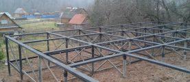 Обвязка фундаментных винтовых свай: этапы установки металлического и железобетонного ростверка