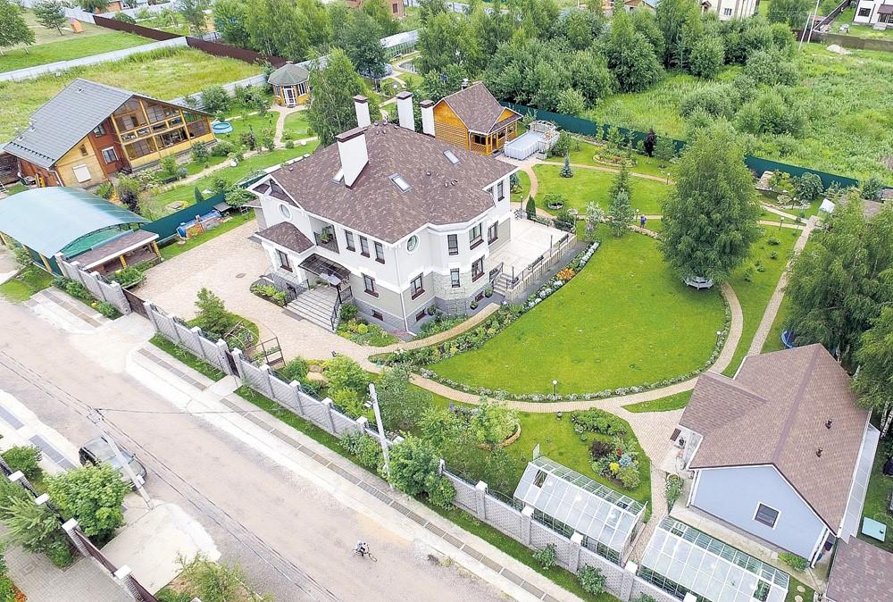 Где живет главный сват Иван Будько