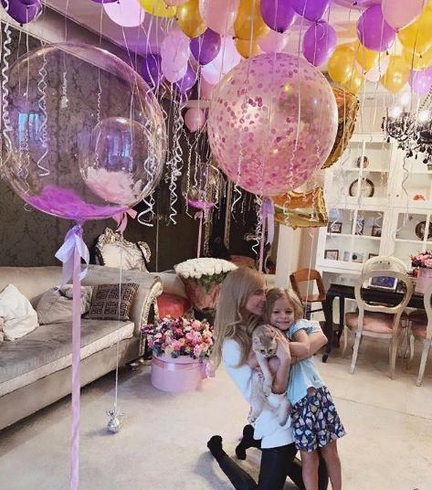 Где живет сейчас экс-возлюбленная Тимати и мать его дочери Алена Шишкова