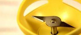 Стоит ли точить ножи блендера путём измельчения яичной скорлупы