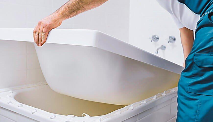 Акриловый вкладыш для реставрации старой ванны: критерии выбора, размеры и порядок установки