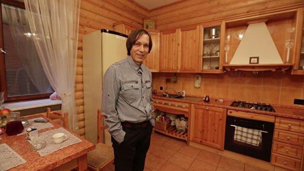 Как выглядит дом, в котором живет Николай Носков
