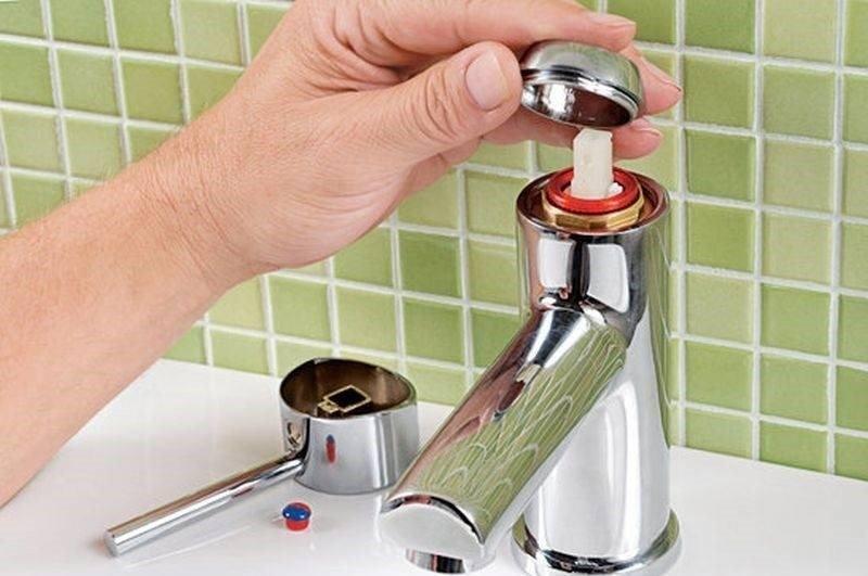 Что делать, если из крана постоянно капает вода