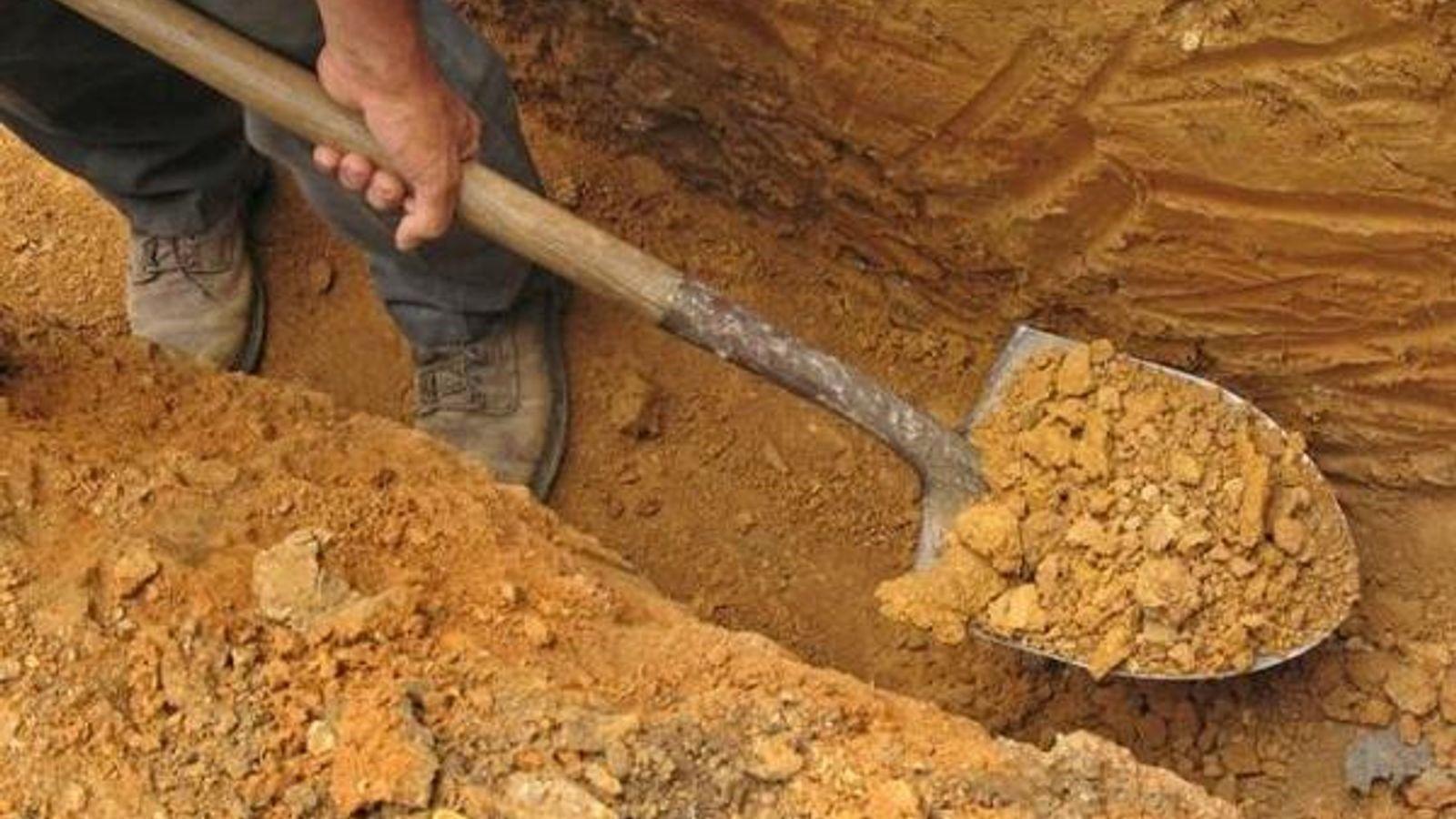 Песчаная подушка под фундамент: в каких случаях она просто не нужна