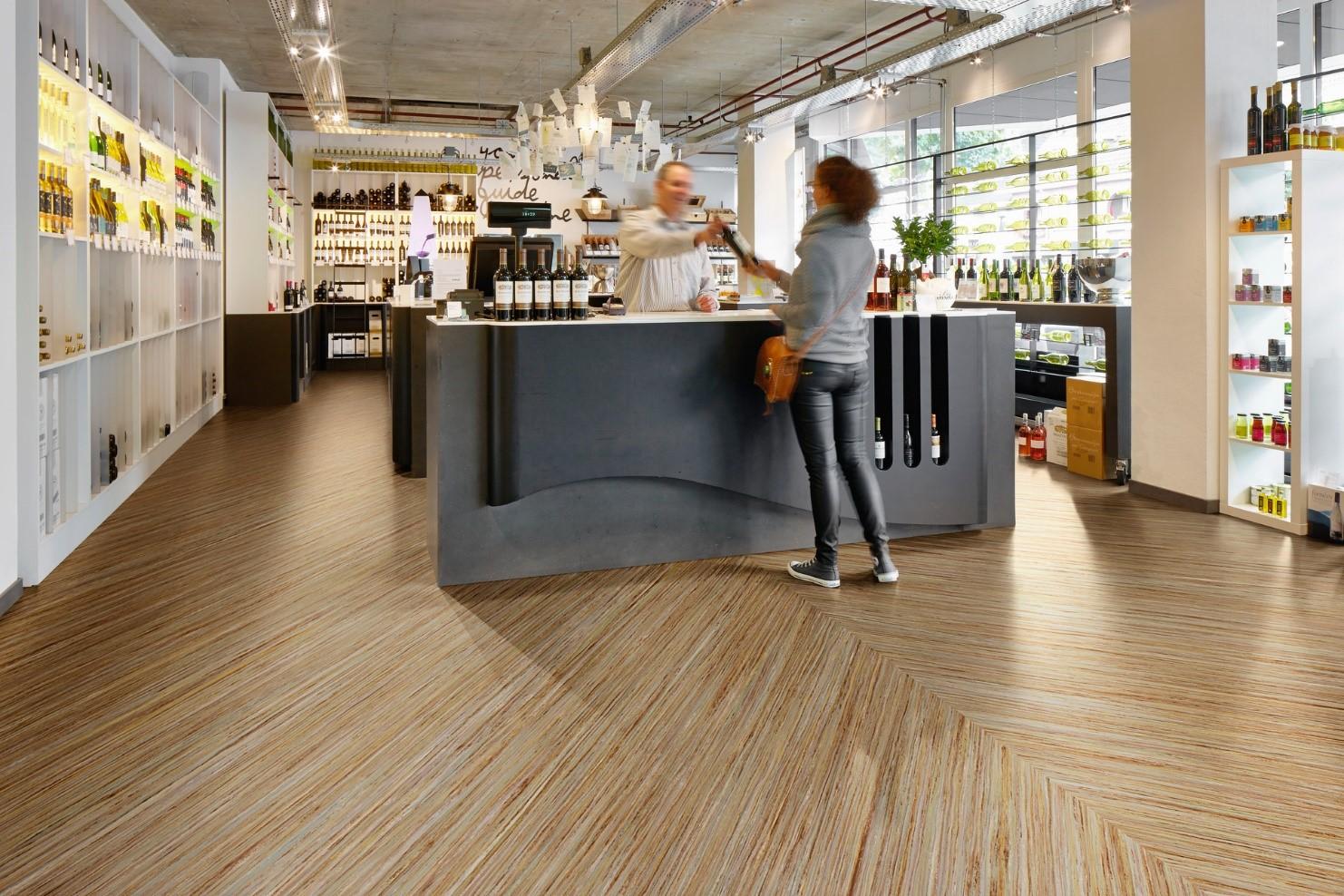 Мармолеум – новое напольное покрытие для жилых домов и квартир