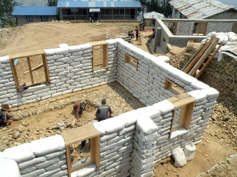 Из чего построить дом: сравнение материалов, применяемых в возведении стен