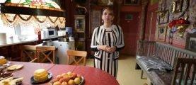 Как живет дочь известного поэта Рождественского — Екатерина