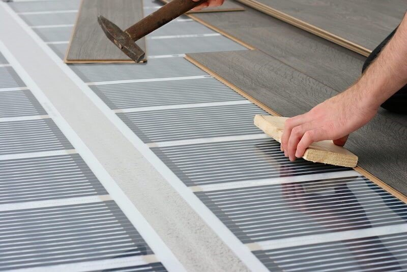 Сколько электричества тратится на плёночный тёплый пол в доме или квартире