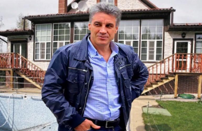 Где проживает телеведущий Алексей Пиманов