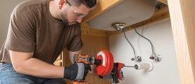 Сантехнический трос – инструмент для прочистки сильных засоров канализационных труб