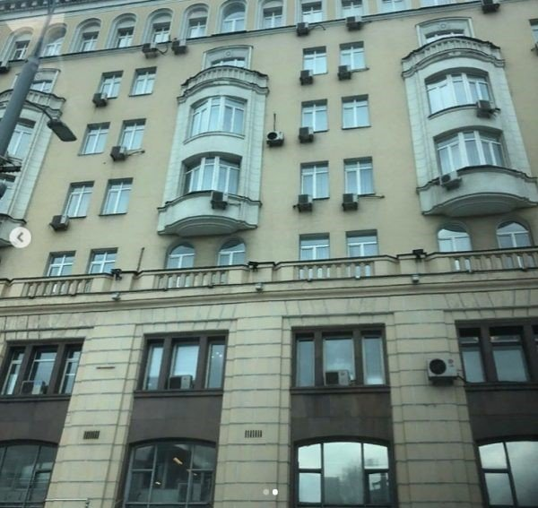 Где живет Константин Богомолов