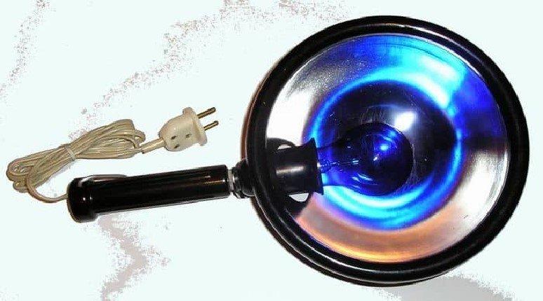 Зачем иметь дома ультрафиолетовую лампу