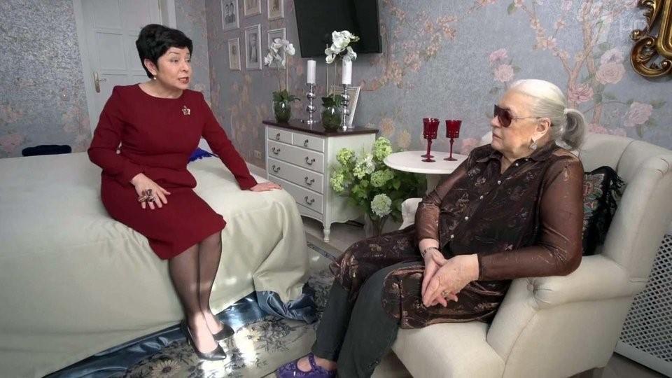 Дачный домик киноактрисы и ведущей Марии Шукшиной